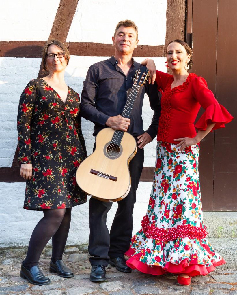 Trio mit Sonia Pedreno Garcia (Gesang), Klaus Moormann (Gitarre)